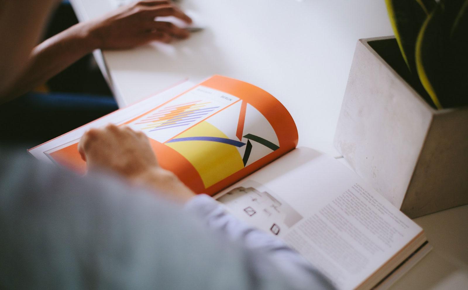 龙口画册设计公司